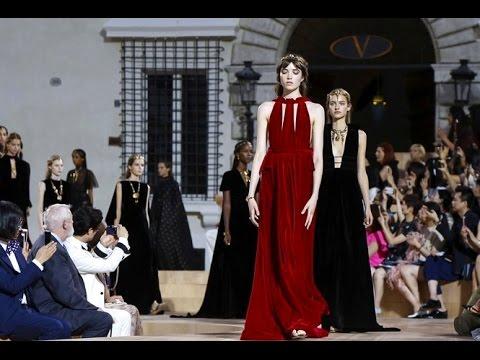 Valentino Haute Couture Collection Fall-Winter 2016 1