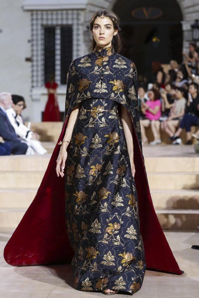 Valentino Haute Couture Collection Fall-Winter 2016 2
