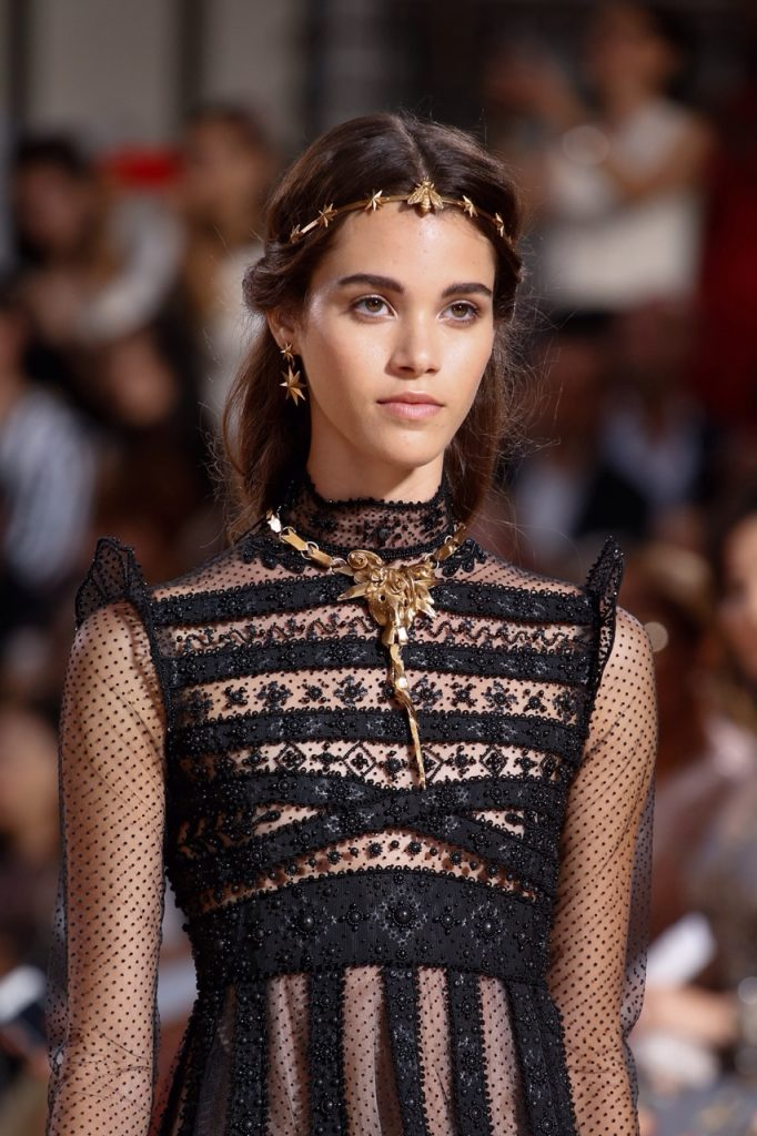 Valentino Haute Couture Collection Fall-Winter 2016 3