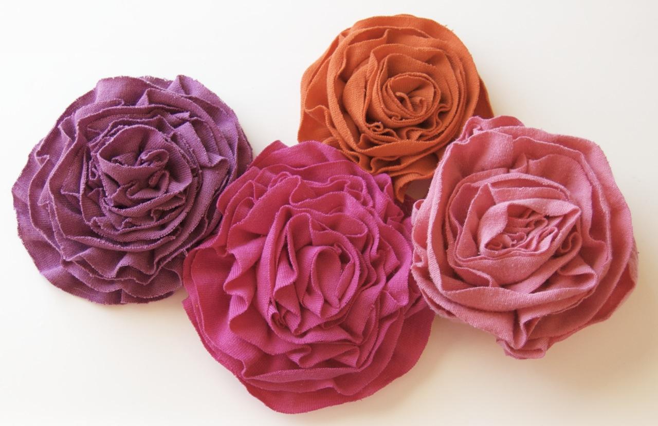 Как самой сделать цветы материала