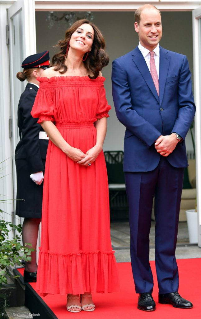 Kate-Middletons-Berlin-Garden-Party-Outfit.