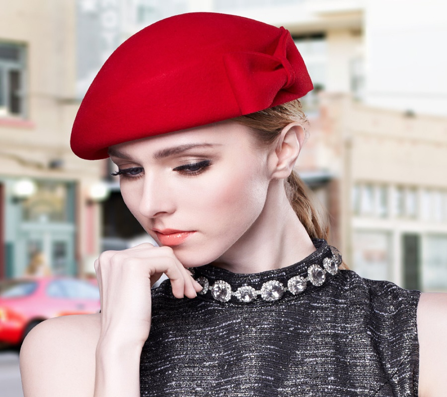 The Best Winter Hat Styles for Your Face Shape