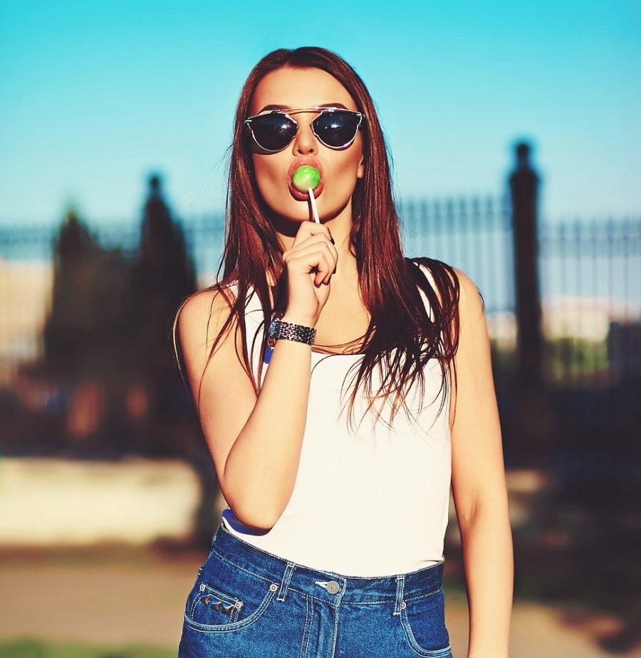 7 Wardrobe Essentials For A Stylish Teenage Girl • Fashion blog